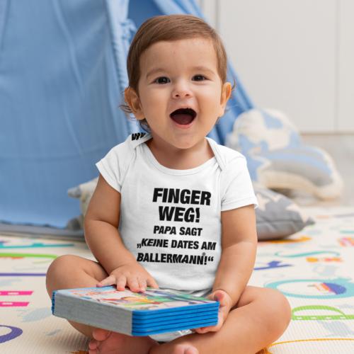 """Babybody: Finger Weg! Papa Sagt """"Keine Dates Am Ballermann!"""""""